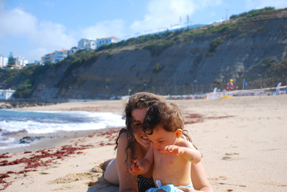 Illustrator Sara Infante with her son Estêvão on summer vacation.